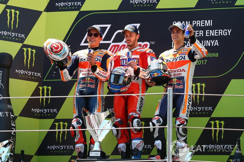 Le podium : le vainqueur Dovizioso devance Márquez et Pedrosa
