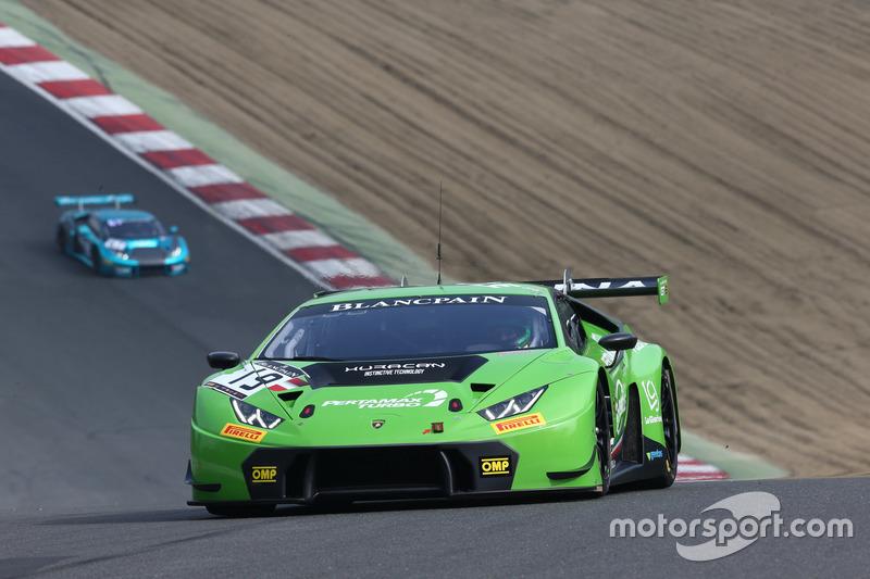 #19 GRT Grasser Racing Team Lamborghini Huracan GT3:  Ezequiel Perez Companc, Norbert Siedler
