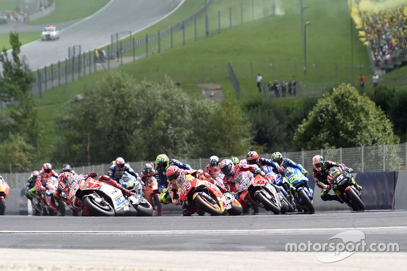 Na pista, a briga ficava entre Marc Márquez e as duas Ducatis