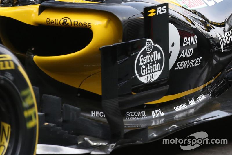 Область дефлекторов Renault RS18