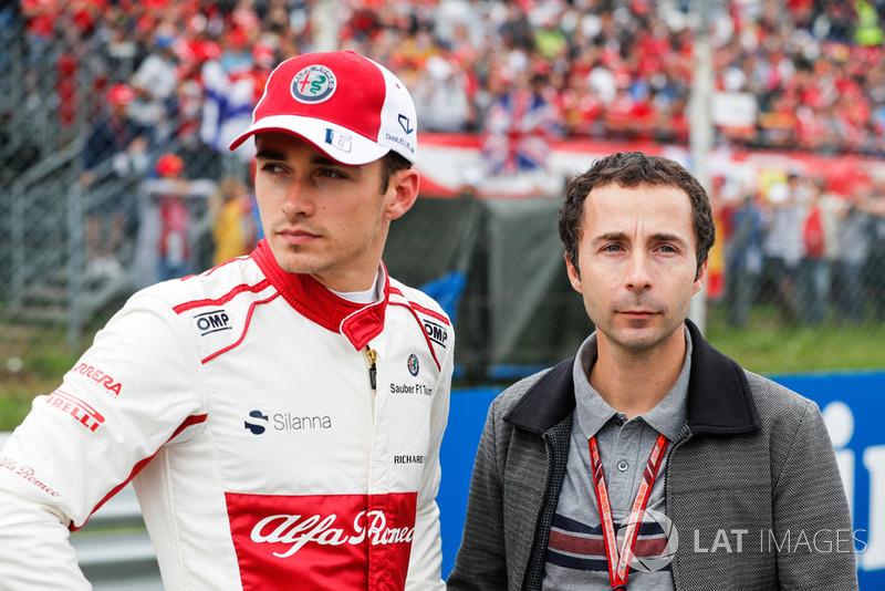 Pero no fue así, Leclerc acabó confirmado en lugar de Raikkonen y será el segundo piloto más joven de la historia de Ferrari, solo detrás del piloto mexicano Ricardo Rodríguez, que tenía 19 años en 1961.