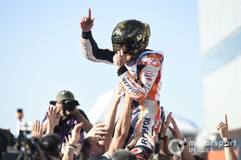 Отсутствие интриги в MotoGP при невероятной конкуренции