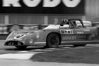 #15 Matra-Simca MS670: Graham Hill, Henri Pescarolo