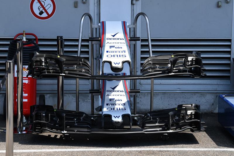 Nez et ailerons avant de la Williams FW41