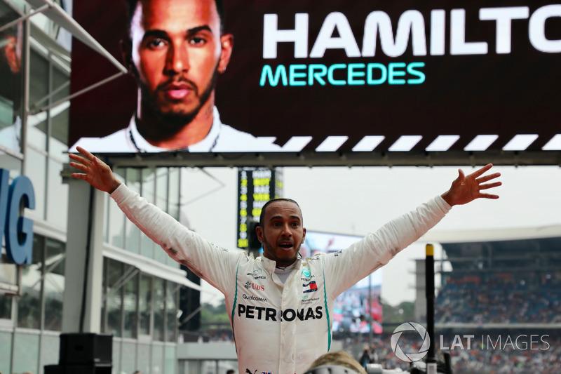 Как Хэмилтону удалось победить при старте с 14 места?