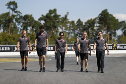 Kevin Magnussen, Haas F1 Team, walks the track