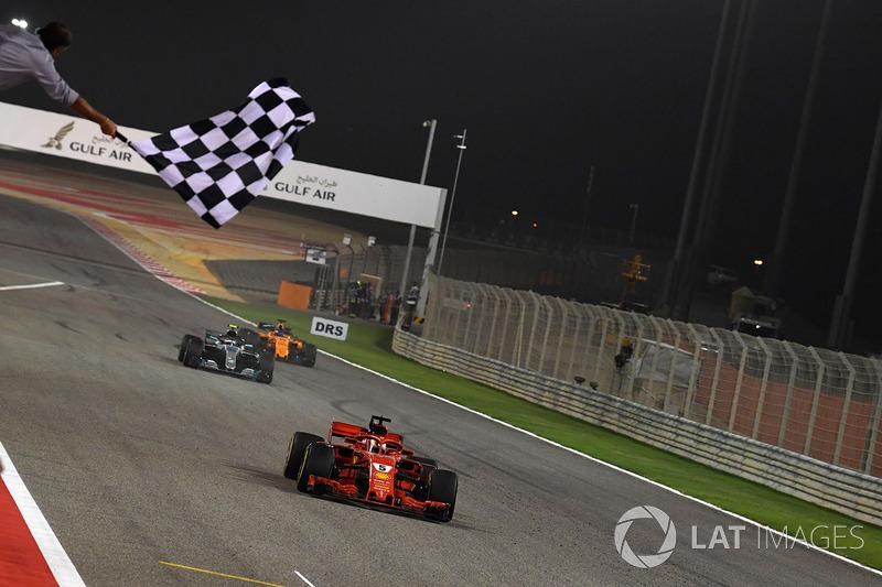 Após uma tensa e intensa batalha com Valtteri Bottas, Vettel levou a melhor e conquistou sua segunda vitória da temporada