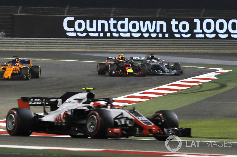 Max Verstappen, Red Bull Racing RB14 and Lewis Hamilton, Mercedes-AMG F1 W09 EQ Power collide