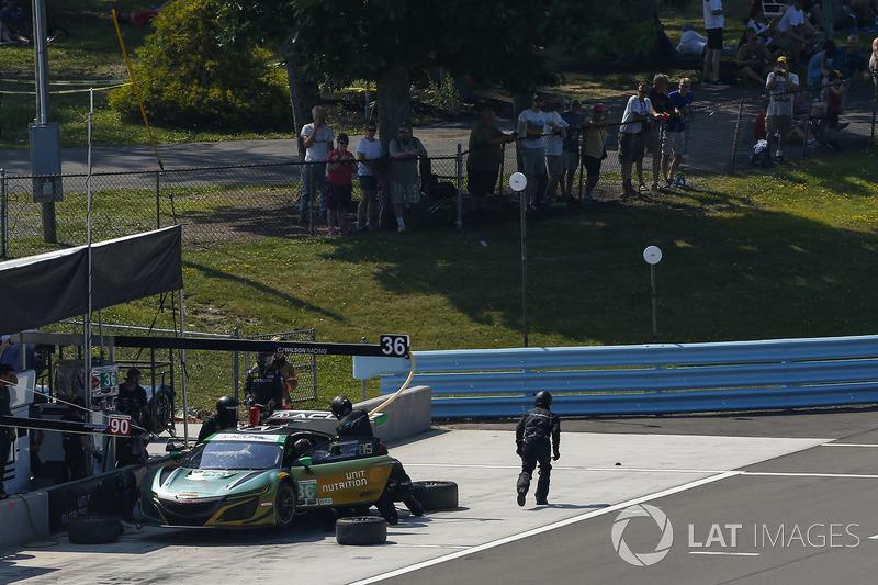 #36 CJ Wilson Racing Acura NSX GT3, GTD: Marc Miller, Till Bechtolsheimer, Pit Stop