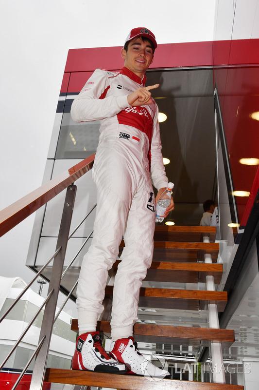 Charles Leclerc, Sauber festeggia il 10° posto