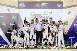 Podium LMP1: race winners Sébastien Buemi, Anthony Davidson, Kazuki Nakajima, Toyota Gazoo Racing, second place Timo Bernhard, Earl Bamber, Brendon Hartley, Porsche Team and third place Neel Jani, Andre Lotterer, Nick Tandy, Porsche Team