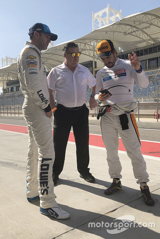 Jimmie Johnson, Zak Brown, Fernando Alsonso, McLaren