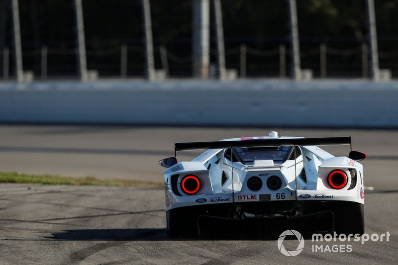 Джой Хенд, Дирк Мюллер, Себастьен Бурдэ, Ford Chip Ganassi Racing, Ford GT (№66)