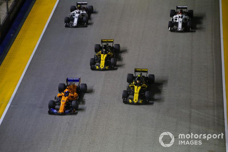 Fernando Alonso, McLaren MCL33, Carlos Sainz Jr., Renault Sport F1 Team R.S. 18, Nico Hulkenberg, Renault Sport F1 Team R.S. 18, Charles Leclerc, Sauber C37, y Marcus Ericsson, Sauber C37
