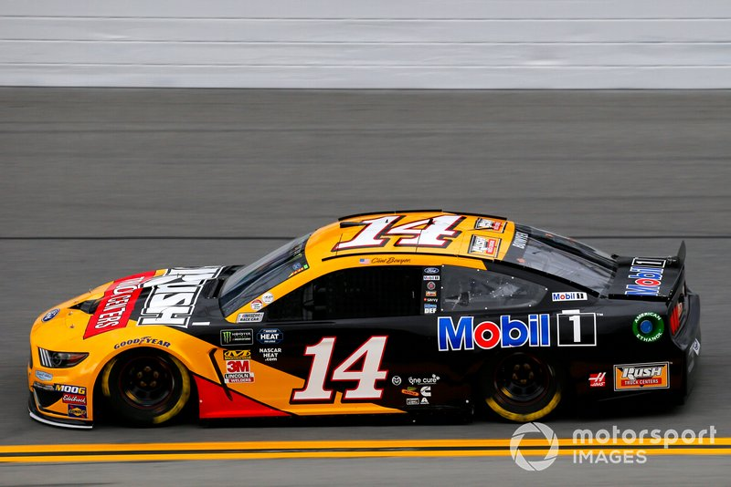 Clint Bowyer, Stewart-Haas Racing, Ford Mustang Rush Truck Centers/Mobil 1