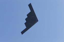 Passage d'un Stealth Bomber