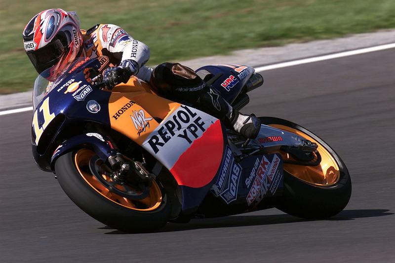2001. Tohru Ukawa - Gran Premio del Giappone - Ritirato