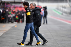 Carlos Sainz Jr., Renault Sport F1 Team with his Father Carlos Sainz