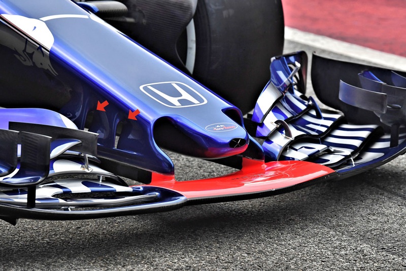 Toro Rosso STR13 detail front wing