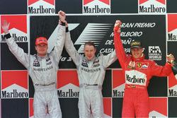 Podyum: Yarış galibi Mika Hakkinen, McLaren, 2. David Coulthard, McLaren, 3.  Michael Schumacher, Ferrari