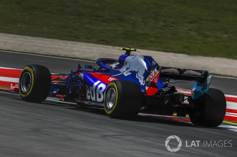 12: Pierre Gasly, Scuderia Toro Rosso STR13, 1'18.463
