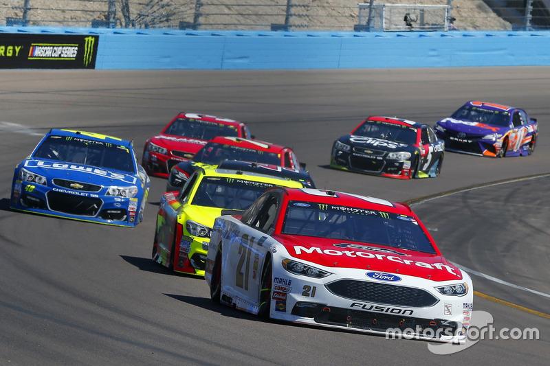 Ryan Blaney, Wood Brothers Racing, Ford; Dale Earnhardt Jr., Hendrick Motorsports, Chevrolet