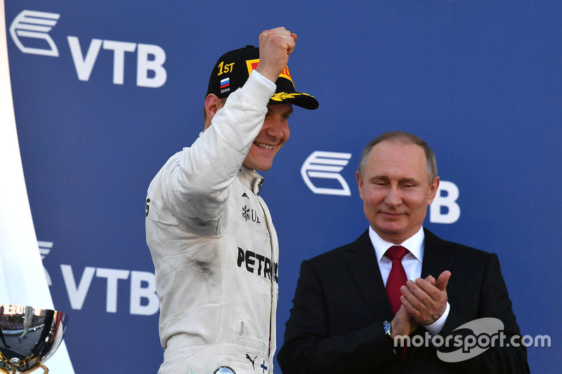 Vladimir Putin, President of Russia and race winner Valtteri Bottas, Mercedes AMG F1