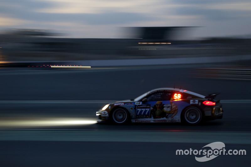 #777 Schwede Motorsport Porsche Cayman GT4 Clubsport MR: Phillip Bethke, Bertram Hornung, Norbert Kr