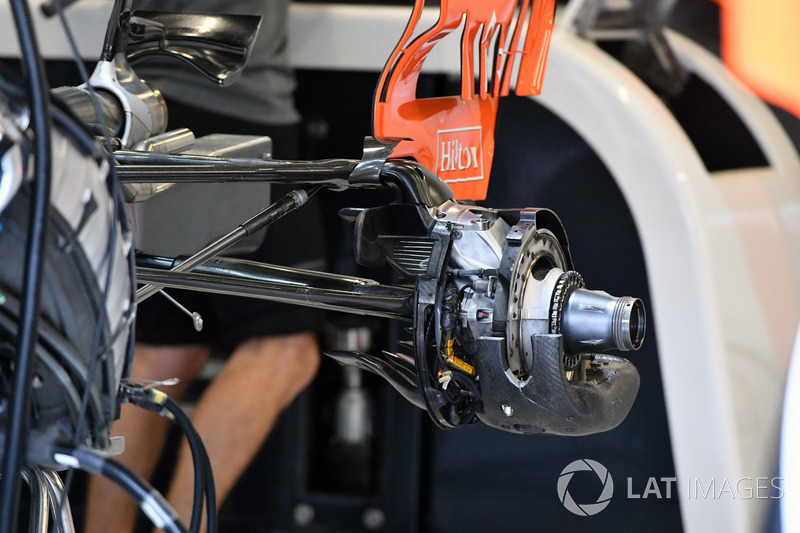 McLaren MCL32 detail achterwielophanging