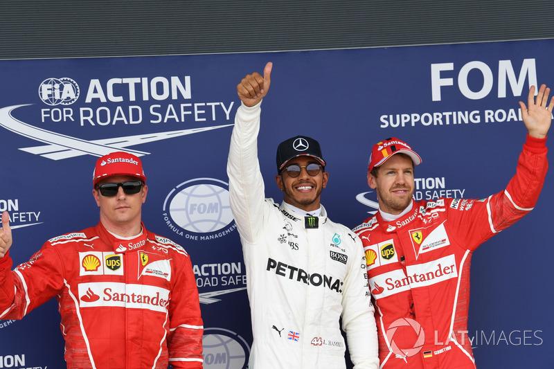 Kimi Raikkonen, Ferrari, Lewis Hamilton, Mercedes AMG F1 y Sebastian Vettel, Ferrari celebran en pa