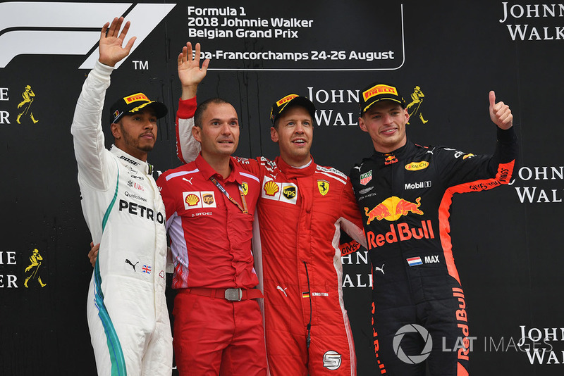 Себастьян Феттель, Ferrari, Давід Санчес, Ferrari, Льюіс Хемілтон, Mercedes AMG F1, Макс Ферстаппен, Red Bull Racing