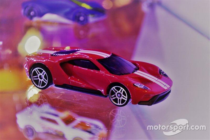 Diecast Ford GT Hot Wheels