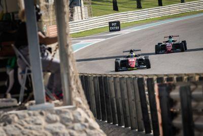 الجولة الرابعة من بطولة الفورمولا 4 الإماراتية