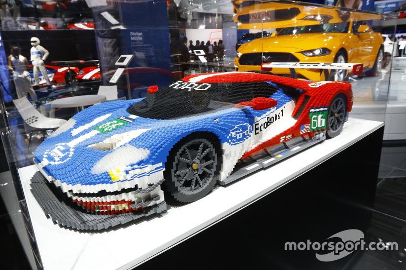 Ford GT Lego model