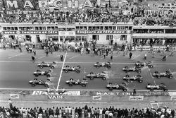 Start: Graham Hill, Team Lotus 49 Ford Cosworth, Jack Brabham, Brabham BT24 Repco, Dan Gurney, Eagle T1G-Weslake, Jim Clark, Team Lotus 49 Ford Cosworth, Bruce McLaren Eagle T1G-Weslake, Denny Hulme, Brabham BT24 Repco, Chris Amon, Ferrari 312, Jochen Rind