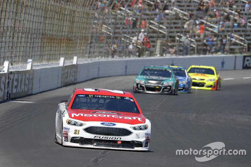 Ryan Blaney, Wood Brothers Racing, Ford; Jamie McMurray, Chip Ganassi Racing, Chevrolet