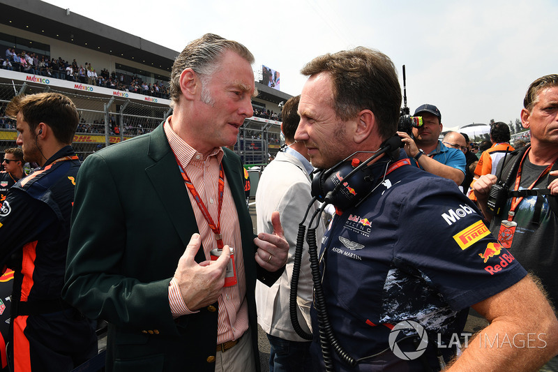 Sean Bratches, director comercial de Formula One Group y Christian Horner, Red Bull Racing Team Principal