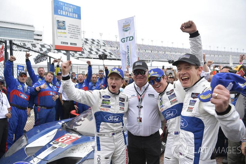 #67 Chip Ganassi Racing Ford GT, GTLM: Ryan Briscoe, Richard Westbrook, Scott Dixon and Chip Ganassi