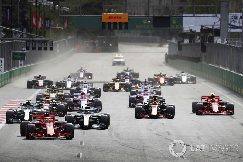 Sebastian Vettel, Ferrari SF71H, startta