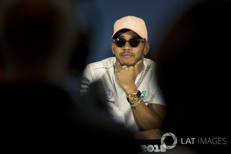 Lewis Hamilton, Mercedes-AMG F1 lors de la conférence de presse