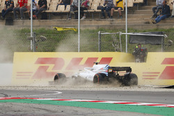 Lance Stroll, Williams FW41, crashes