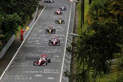 Guanyu Zhou, PREMA Theodore Racing Dallara F317 - Mercedes-Benz leads
