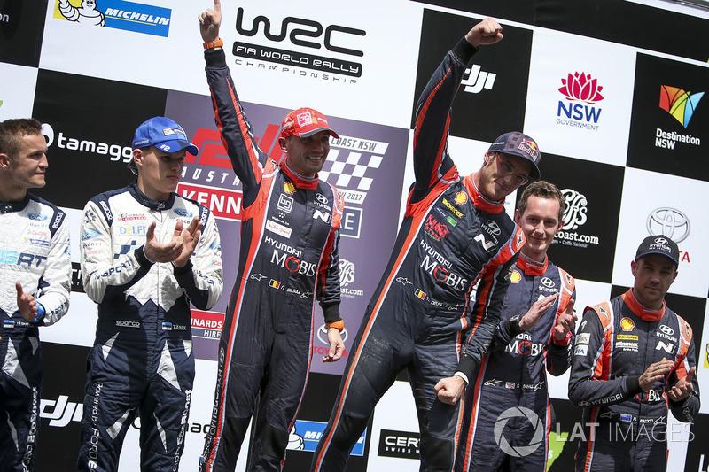 Winners Thierry Neuville, Nicolas Gilsoul, Hyundai Motorsport, second place Ott Tänak, Martin Järveoja, M-Sport, third place Hayden Paddon, Sebastian Marshall, Hyundai Motorsport