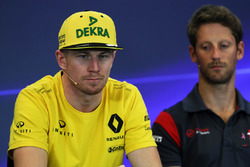 Nico Hulkenberg, Renault Sport F1 Team and Romain Grosjean, Haas F1 in the Press Conference