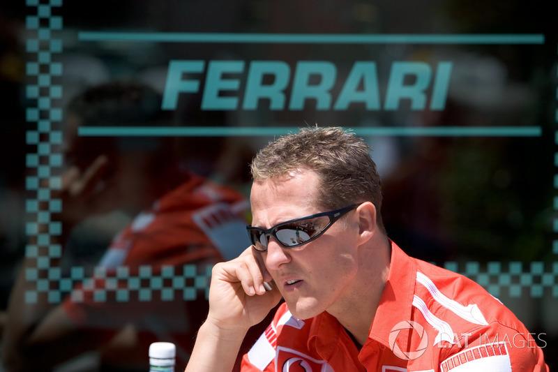 Разучившиеся проигрывать Ferrari и Михаэль Шумахер только привыкали к положению отстающих: запрет на смену шин по ходу гонки нанес катастрофический удар по позициям Bridgestone и их главных клиентов из Скудерии