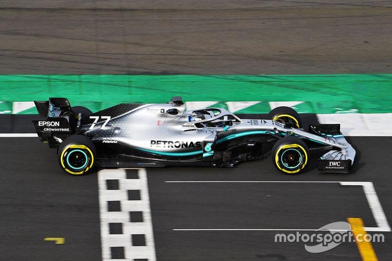 2010. Mercedes-AMG F1 W10 EQ Power+