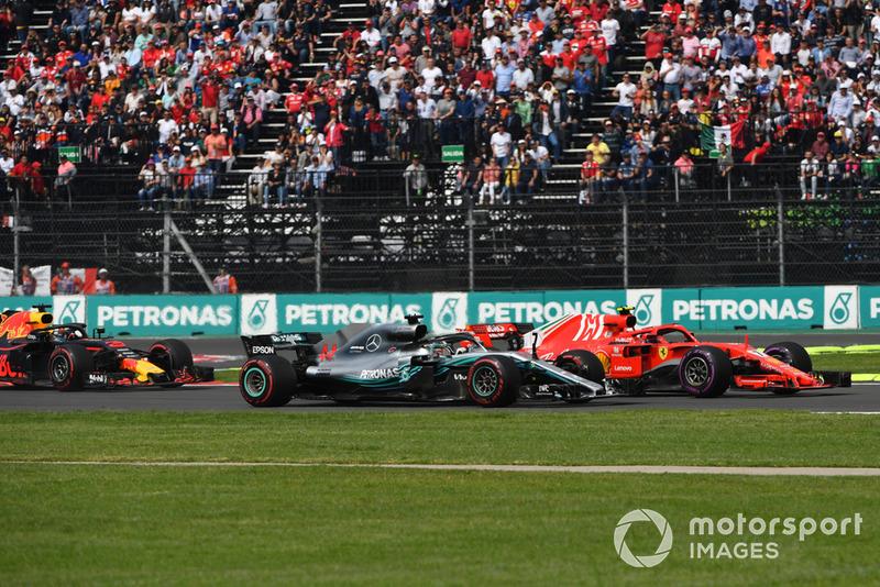 Льюіс Хемілтон, Mercedes AMG F1 W09, Кімі Райкконен, Ferrari SF71H