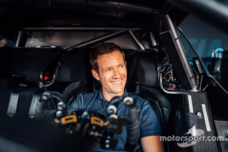 Sebastien Ogier con el Mercedes-AMG C 63 DTM