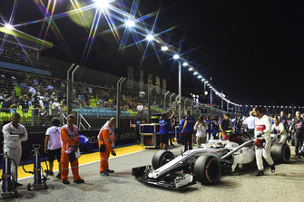 Charles Leclerc, Sauber C37 op de grid