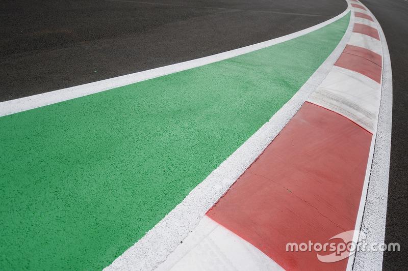 Randsteine am Autodromo Hermanos Rodriguez in Mexico City